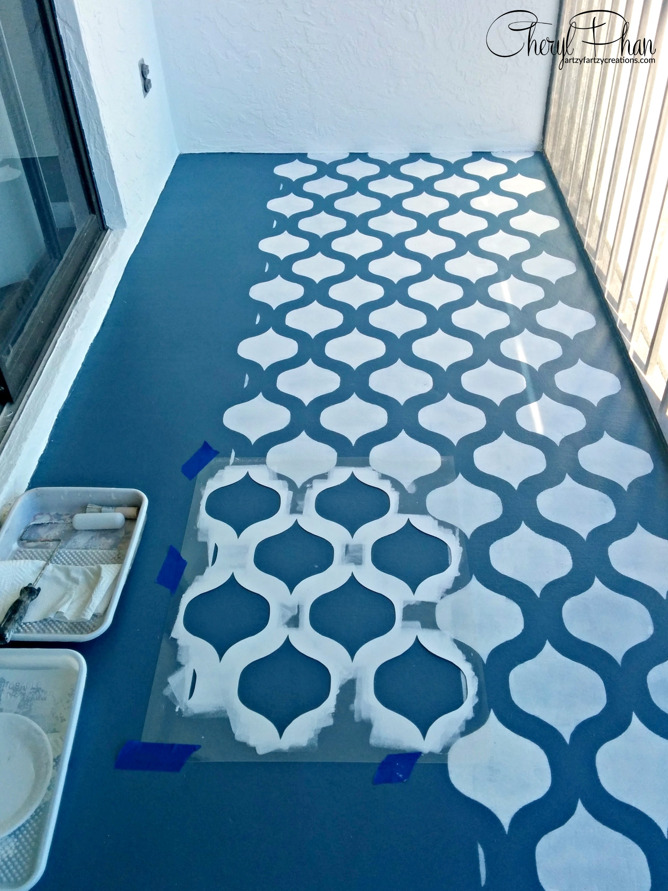 Painted and Stenciled Floor | Cheryl Phan of artzyfartzycreations.com