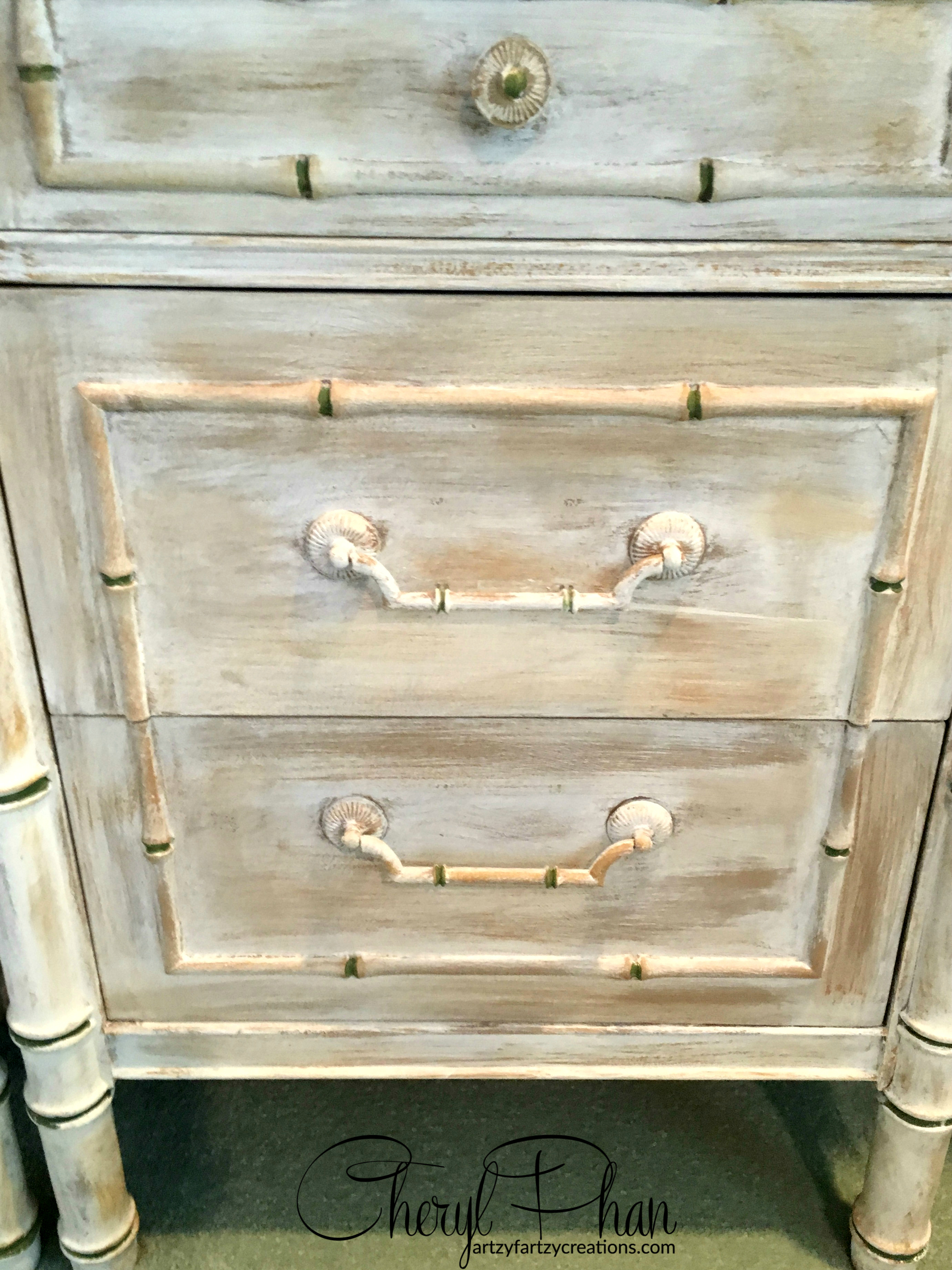 Simple and Easy Weathered Furniture