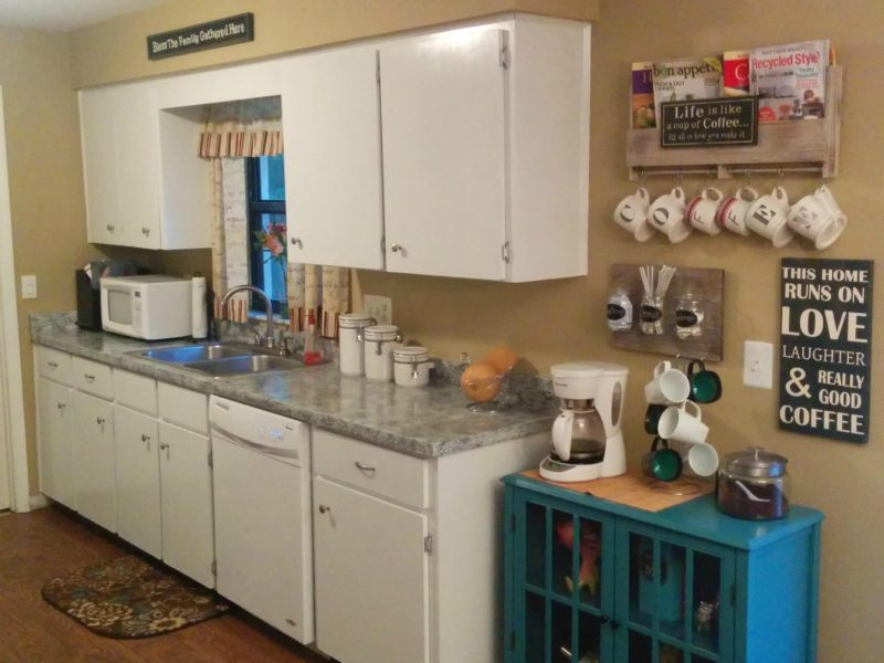 Painted Kitchen Cabinet and Counter Top