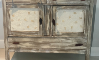 How to create weathered furniture