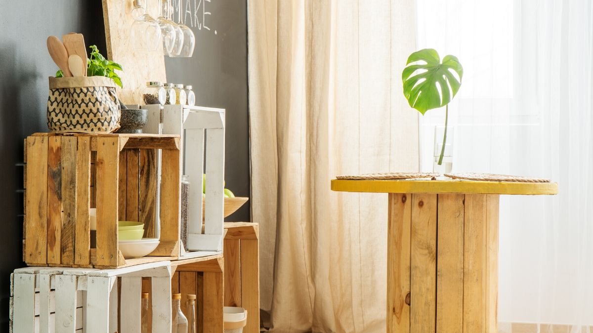 Your cheatsheet on how to make a profit selling repurposed furniture