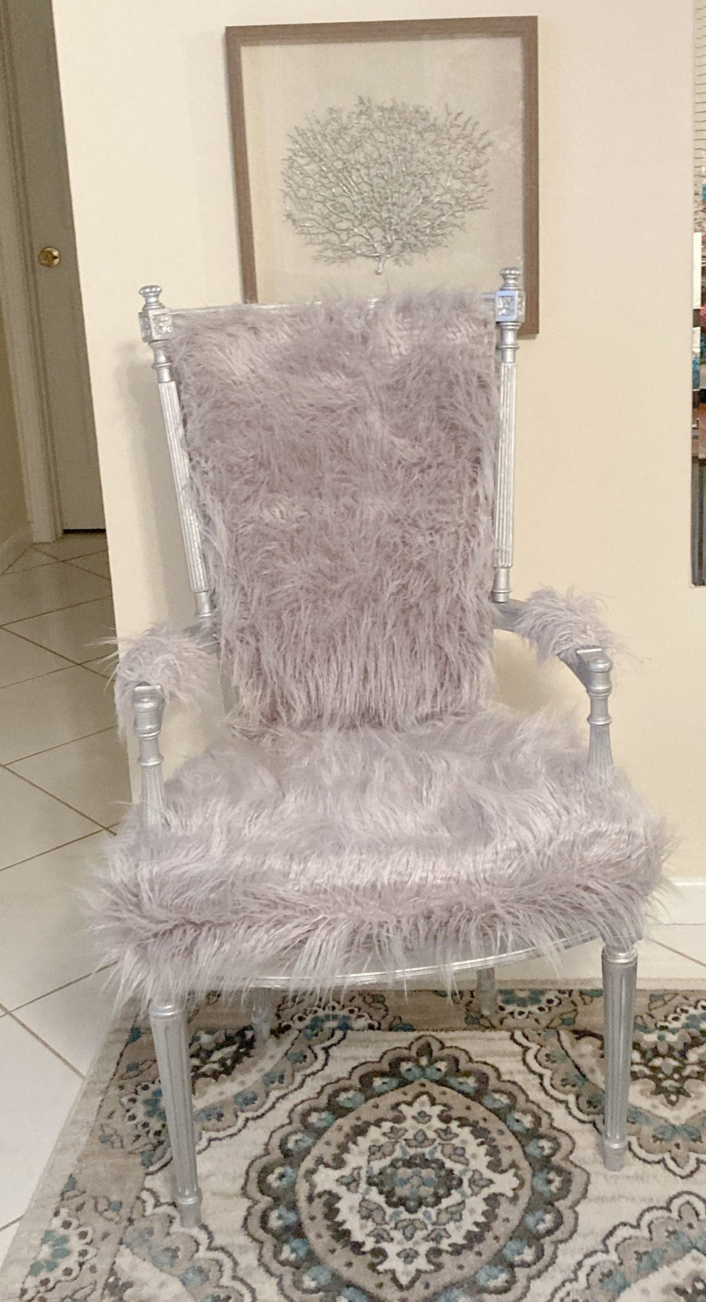 How to repurpose a chair with fur_ArtzyFartzyCreations.com