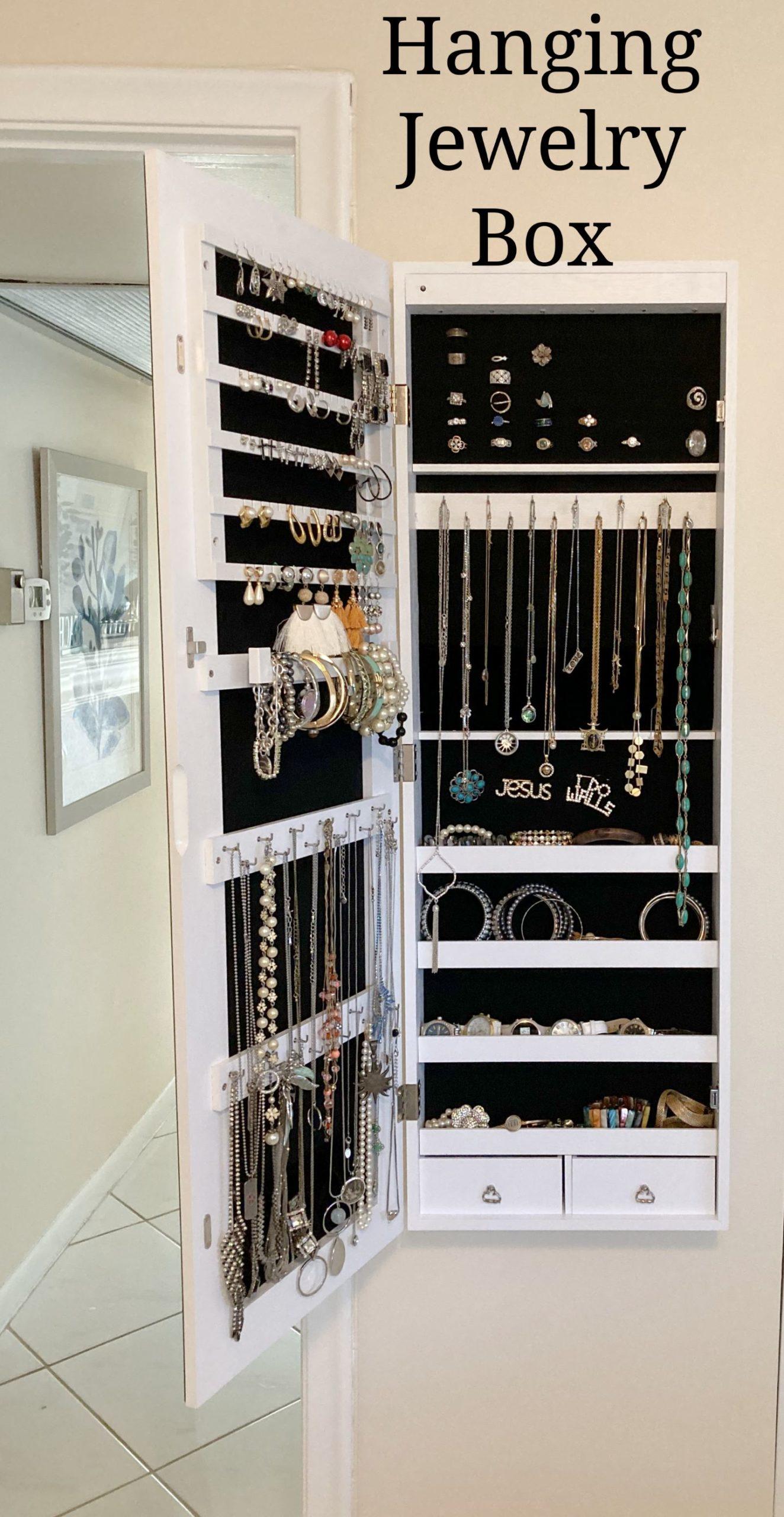 Hanging Jewelry Box_ArtzyFartzyCreations.com